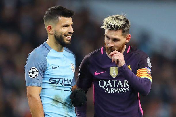 Messin ja Kun Agüeron (vas.) ystävyys perustuu yhteisiin vuosiin Argentiinan juniorimaajoukkueessa.