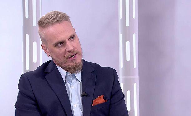 Markus Syrjänen haluaa elää täysillä nauttien, eikä murehtia hänen kohdalleen tulleita haasteita.