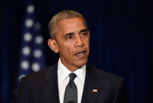 Barack Obama otti Dallasin tapahtumiin kantaa Puolan Varsovassa.