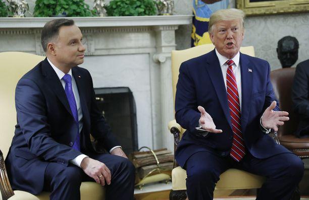 Yhdysvaltojen presidentti Donald Trump ja Puolan presidentti Andrzej Duda tapaavat keskiviikkona Valkoisessa talossa.