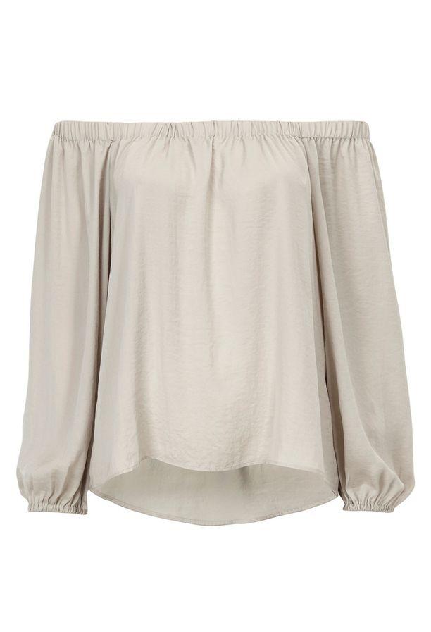 Hillitty pusero säväyttää mallillaan, 29,95 e, Gina Tricot