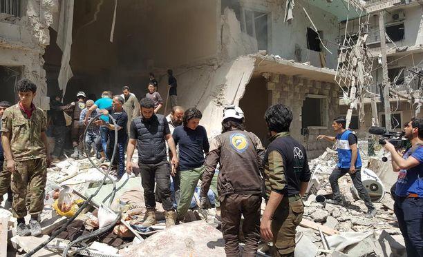 BBC kertoo, että Syyrian Aleppossa tehdyissä ilmaiskuissa on osuttu myös lastensairaalaan.