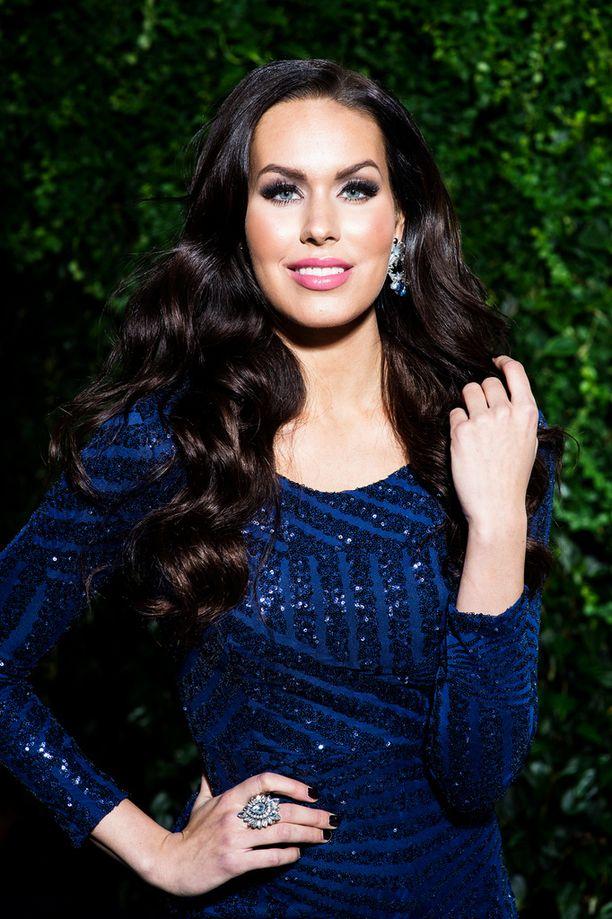 181-senttinen perintöprinsessa on toiseksi pisin osanottaja Miss Maailma -kilpailussa.