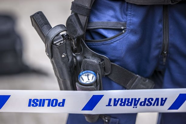 Poliisien kohtaamat tilanteet voivat muuttua todella nopeasti.