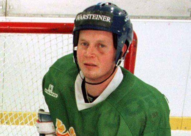 Joni Lehto pelasi maajoukkueessa kolme ottelua.