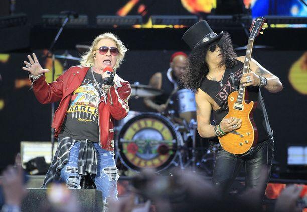 Guns N' Roses teki paluun klassisessa kokoonpanossaan vuonna 2016 ja on sen jälkeen myynyt keikkapaikkoja loppuun ympäri maailmaa.