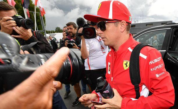 Kimi Räikkönen kiinnosti McLarenia, mutta syystä tai toisesta suomalainen ei aja ainakaan brittitallissa ensi kaudella.