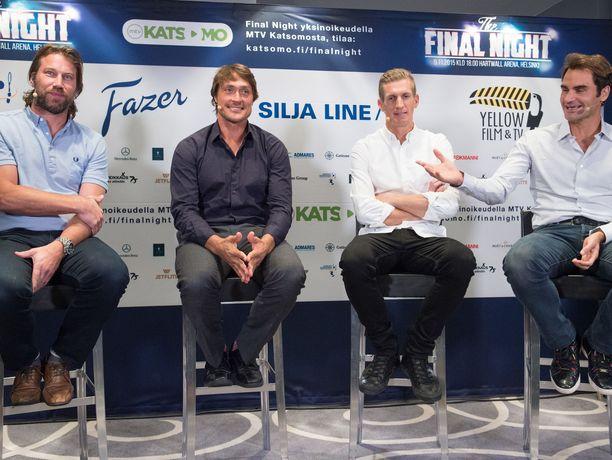 Peter Forsberg, Teemu Selänne, Jarkko Nieminen ja Roger Federer pelasivat Helsingissä näytösottelun vuonna 2015. Tapahtumassa Nieminen pelasi viimeistä kertaa urallaan.