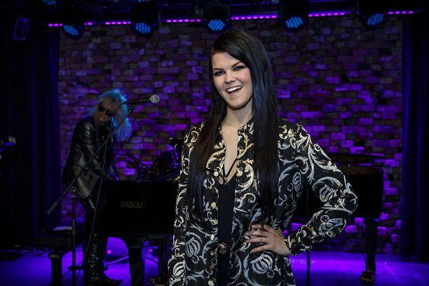 Saara Aalto nähdän talven ja kevään aikana niin X Factorissa kuin UMK:ssa.