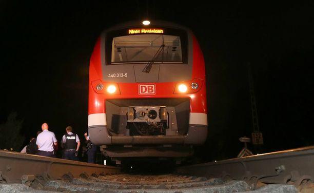 Silmitön hyökkäys tehtiin paikallisjunassa Etelä-Saksassa.