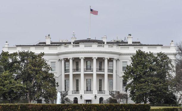 Yhdysvaltain presidentin työhuone sijaitsee Valkoisen talon eteläpuolella länsisiivessä.