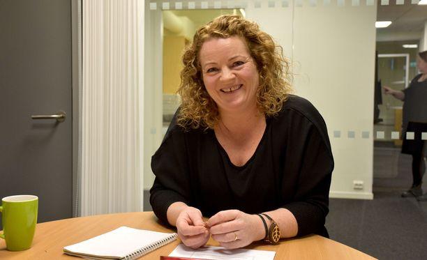 Anita Andresen työskentelee hankkeessa, joka pyrkii poistamaan työvoiman liikkuvuuden esteitä Pohjoismaissa.
