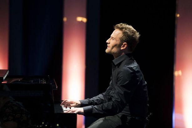 Muusikko Lenni-Kalle Taipale tunnetaan muun muassa The Voice of Finlandista.