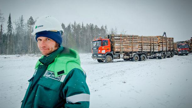 Guy Martin matkustaa ohjelmassaan ympäri Venäjää. Tällä kertaa hän tutustuu timanttikaivoksen arkeen.