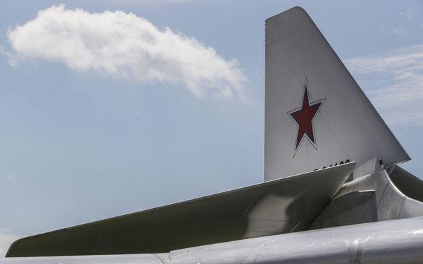 Venäjä on siirtänyt Krimin niemimaalle laivueen strategisia pommikoneita. Kuvassa Tupolev Tu-22M.