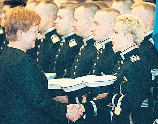 Puolustusministeri Jyri Häkämies on tyynnytellyt Yhdysvaltain-puheestaan noussutta kohua.