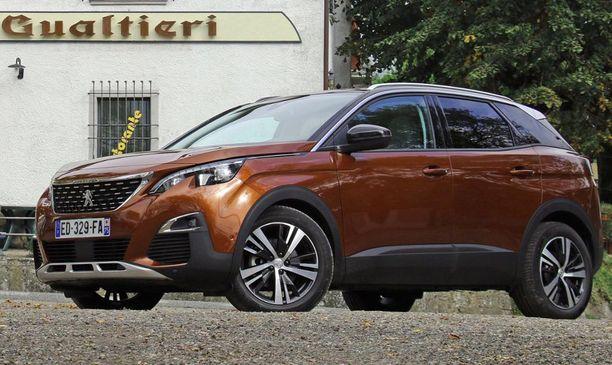 18- Peugeot 3008 on nyt aiempaa katumaasturimaisempi.