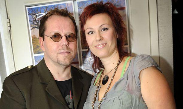 Pertti ja Diana Neumann jättivät avioerohakemuksen helmikuussa.