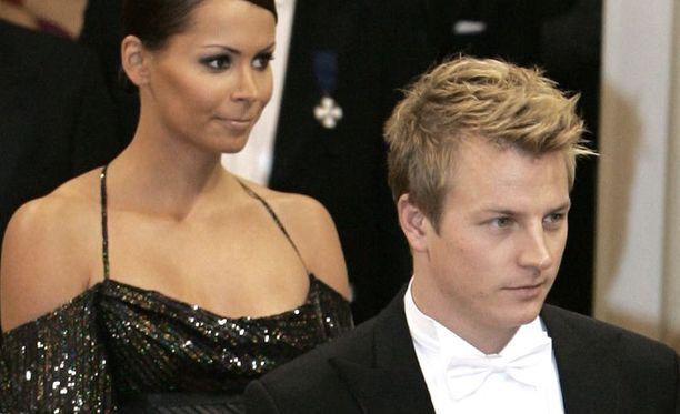Räikkönen ja Dahlman edustivat yhdessä Linnan juhlissa vuonna 2007.