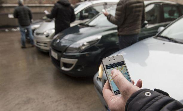 Uber alkaa vastaanottaa kyytitilauksia pääkaupunkiseudulla iltapäivällä.