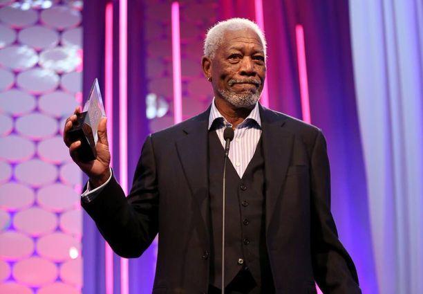 Morgan Freemanin ääni on vakuuttava.