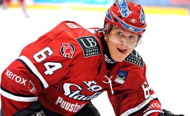 Mikael Granlund ei pelaa ennen joulua.