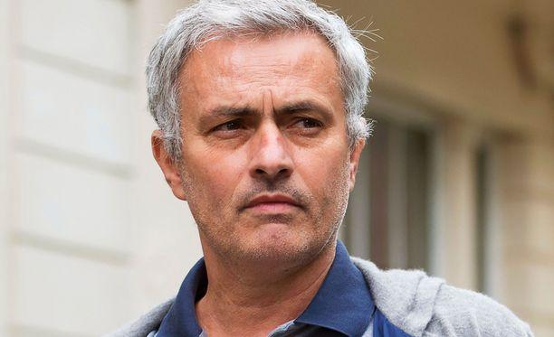Jose Mourinho tuo mukanaan ManUun pitkän hankintalistan.