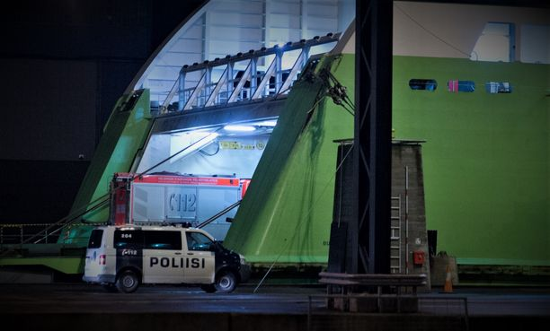 Tallinnan-laivalla saapuneesta autosta tehty löytö hämmästyttää poliisia. Kuvituskuva.