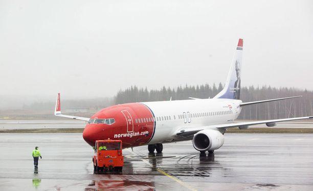 Norwegianin kone oli hetkeä aiemmin noussut Helsinki-Vantaan lentokentältä. Kuvituskuva.