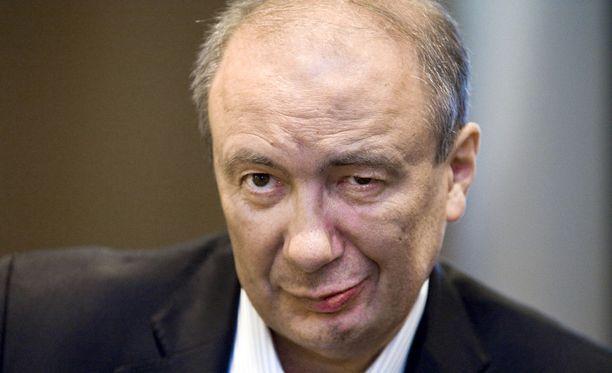 Afarakin suuromistaja Danko Koncaria epäillään tiettävästi törkeästä sisäpiirintiedon väärinkäytöksestä.