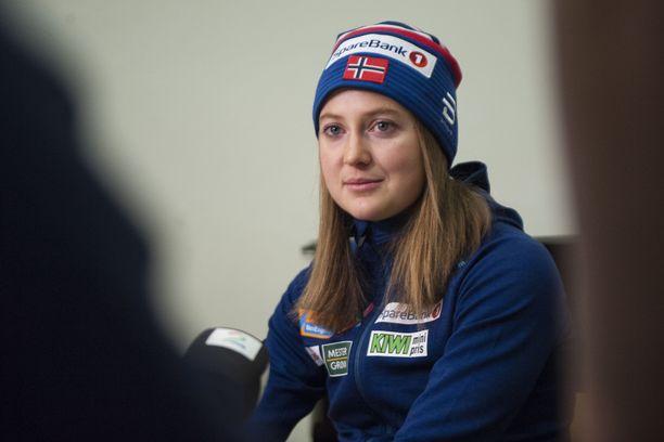 Ingvild Östberg palasi perjantaina julkisuuteen Sveitsissä. Hän kilpailee Tour de Skillä.