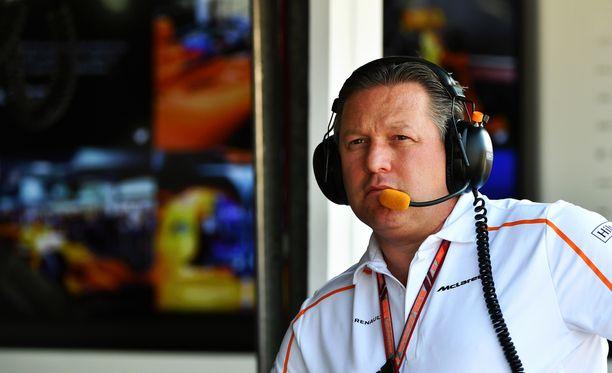 Daniel Ricciardo oli Zak Brownin mukaan lähellä siirtyä McLarenille.