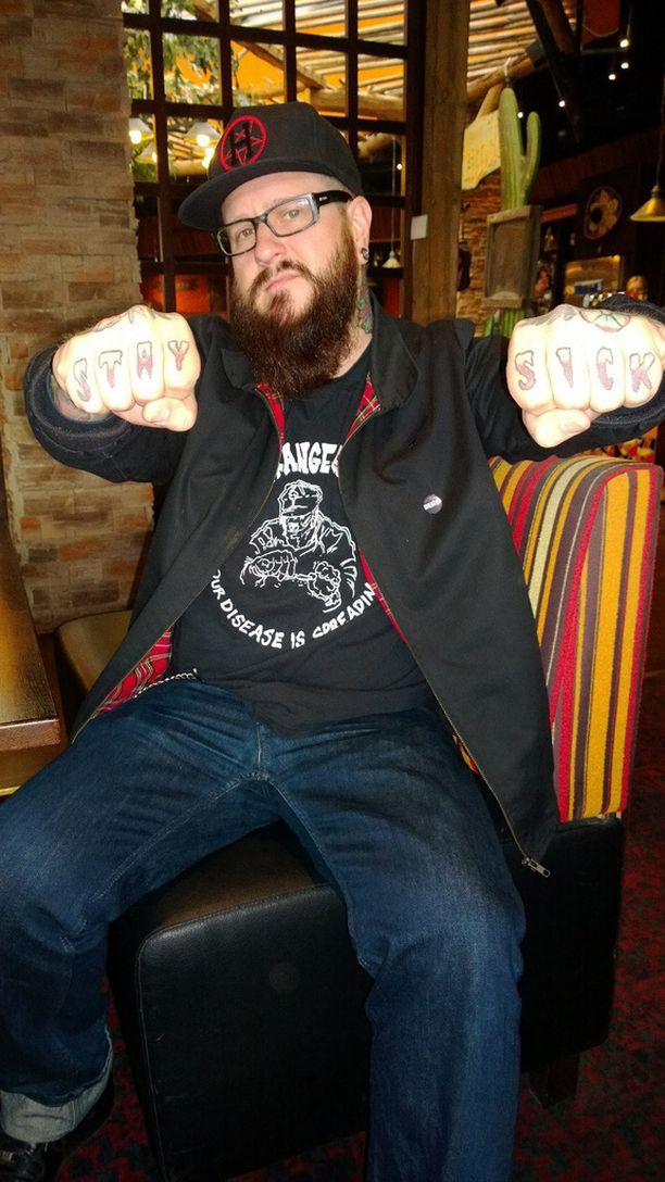 Ville Mäkinen muistelee, että Bomfunk MCŽs -uran huippu oli esiintyminen Tukholman Globenissa MTV Music Award -gaalassa. Siellä mies tapasi muun muassa Iron Maiden -yhtyeestä tutun idolinsa Bruce Dickinsonin.
