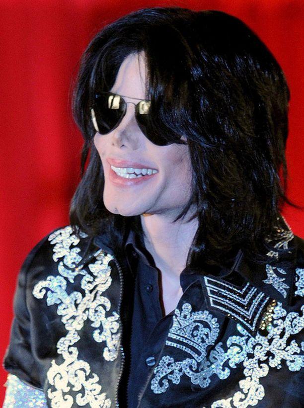 Michael Jackson nähdään kesällä jälleen lavalla.