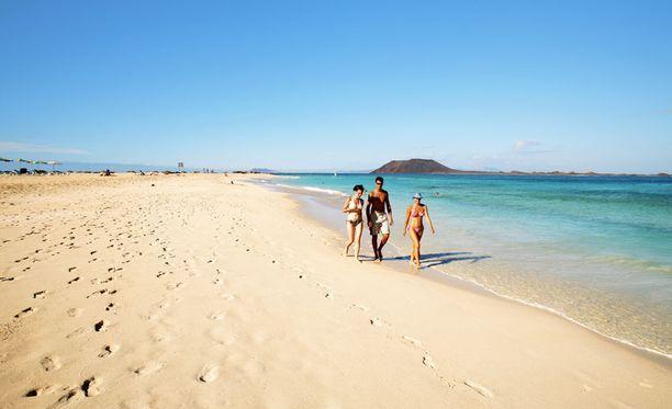 Fuerteventuralla on Kanariansaarten ehkä upeimmat ja puhtaimmat rannat.