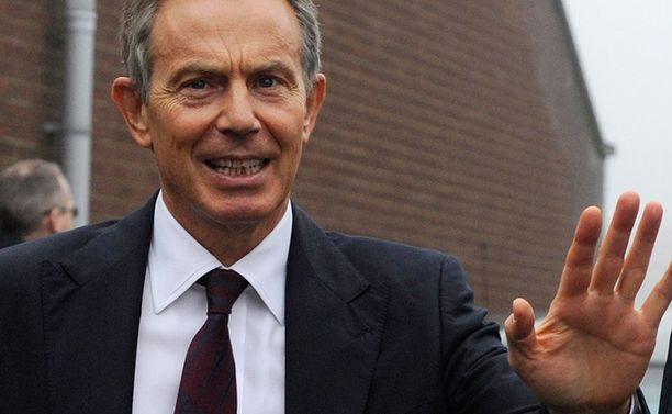Tony Blairin leivänpaahto laukaisi palohäyttimet.