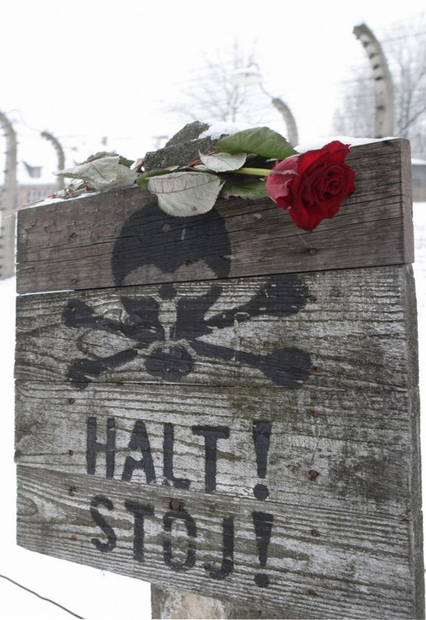 Holokaustin merkkejä on edelleen paljon Euroopassa muistuttamassa synkästä aikakaudesta.