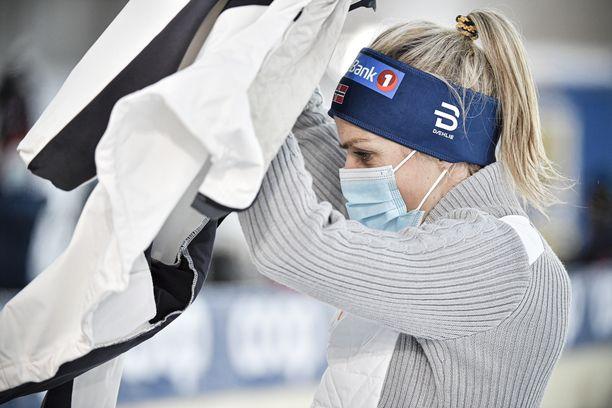 Therese Johaug tarjoilee kylmää kyytiä harjoituksissakin.