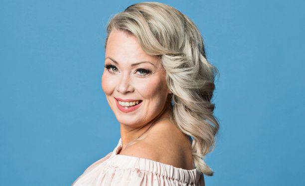 Johanna Pakonen on nykyisin onnellisessa parisuhteessa tanssija-rakkaansa kanssa.
