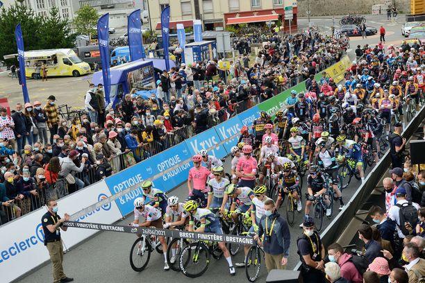 Kuka voitti Tour de Francen 2021?