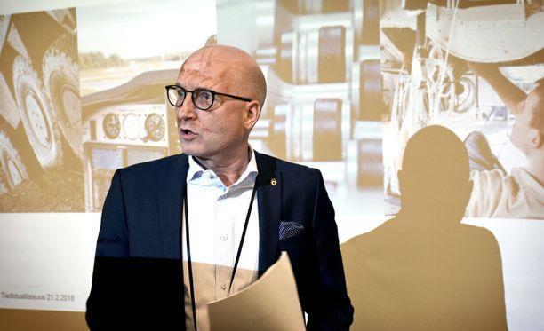 Kuvassa Patrian toimitusjohtaja Olli Isotalo.