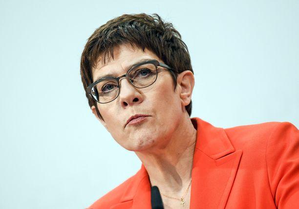 Annegret Kramp-Karrenbauer ei pyrikään liittokansleriksi.