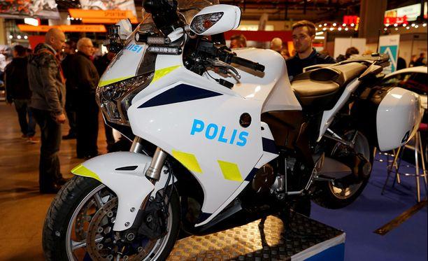 Tämä poliisimoottoripyörä on malli Honda VFR1200. Moottoripyörä on esillä viikonloppuna vietettävillä Moottoripyörämessuilla.