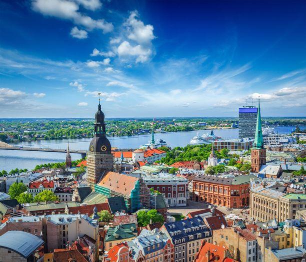 Pyhän Pietarin kirkon torni on hyvä paikka ihailla Riian näköaloja. Tältä kaupunki näyttää sieltä käsin katsottuna.