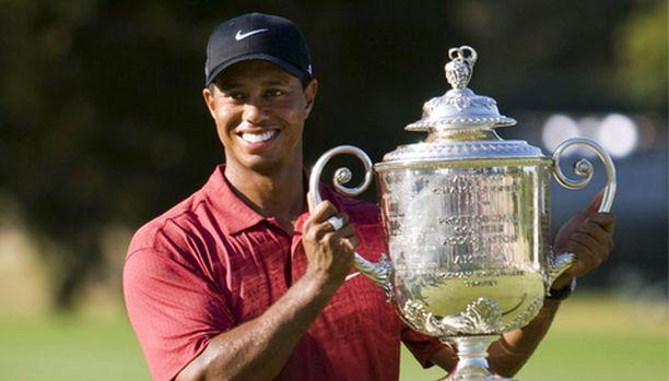 Tiger Woods iloitsi Yhdysvaltain PGA-kisan voitosta.