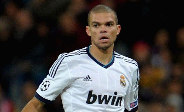 Pepe on poissa pelikentiltä vähintään kuukauden.