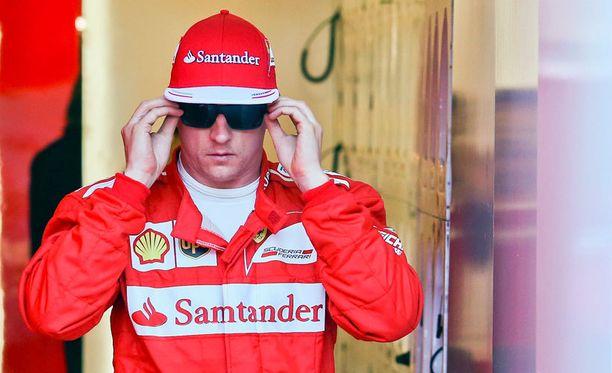 Nykyään Kimi Räikkönen on varikoiden konkari.