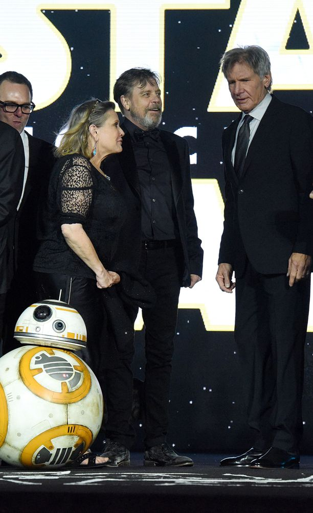 Carrie Fisher paljasti hiljattain, että hänen ja Harrison Fordin välillä roihusi romanssi Tähtien sodan kuvauksissa.