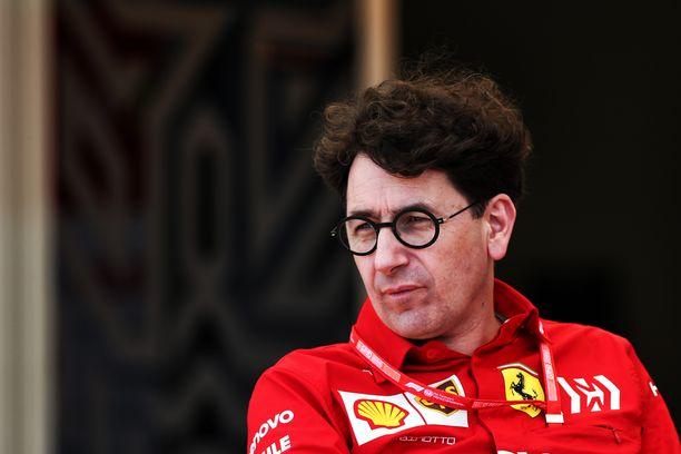 Mattia Binotto kertoi Charles Leclercin auton moottorin sylinteriongelmasta.