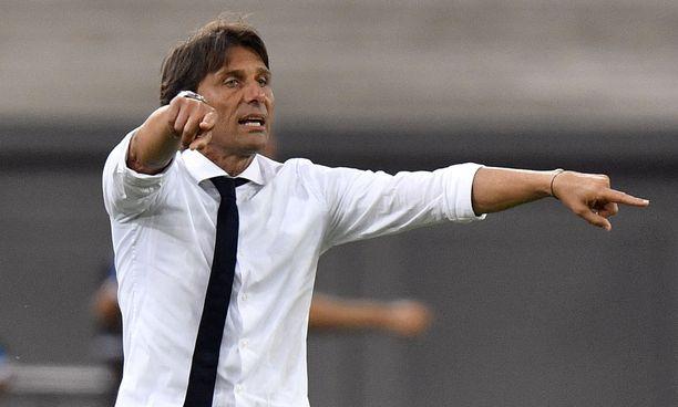 Timo Brander povaa Antonio Conten luotsaamalle Inter Milanille vaikeuksia.